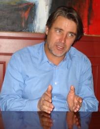 Prioridad y urgencia pide Senador Rossi a proyecto de Ley de Titularidad Docente
