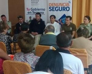 Diálogo abierto con dirigentes sociales realizó Gobernador Vila para avanzar participativamente en Seguridad Pública