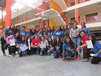 150 estudiantes y profesores perfeccionan manejo de idioma inglés